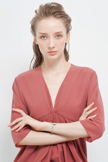外国人モデル アラの写真6