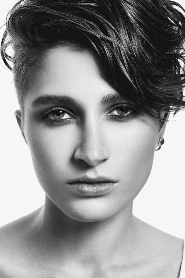 外国人モデル ナナ・Bの写真