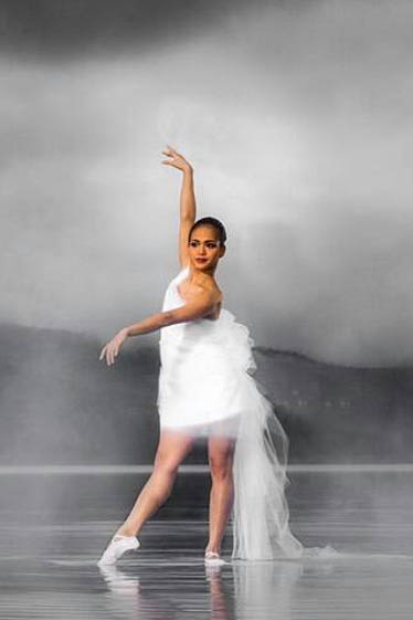 外国人ダンサー・パフォーマー アウラの写真2