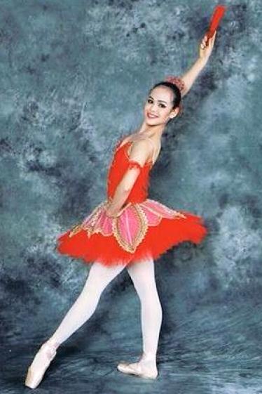 外国人モデル/外国ダンサー・パフォーマー アウラの写真3