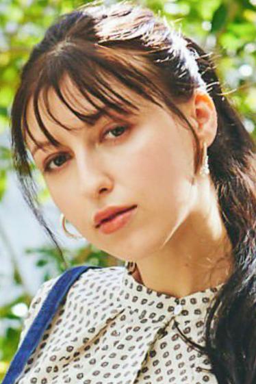 外国人モデル ニカの写真