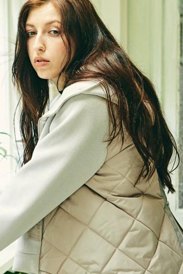 外国人モデル ヨシコ・ヴェロニカの写真3