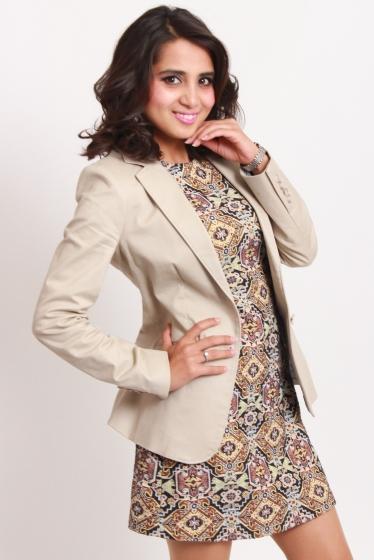 外国人モデル ロシニ・Kの写真4
