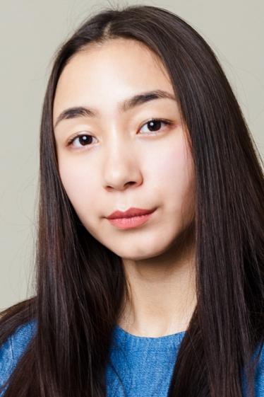外国人モデル アネリ・Bの写真