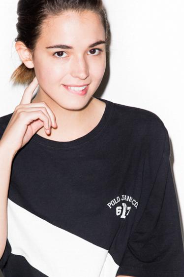 外国人モデル カーリーの写真6