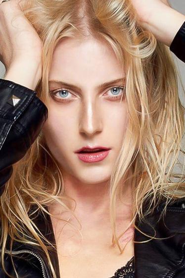 外国人モデル マルゴの写真