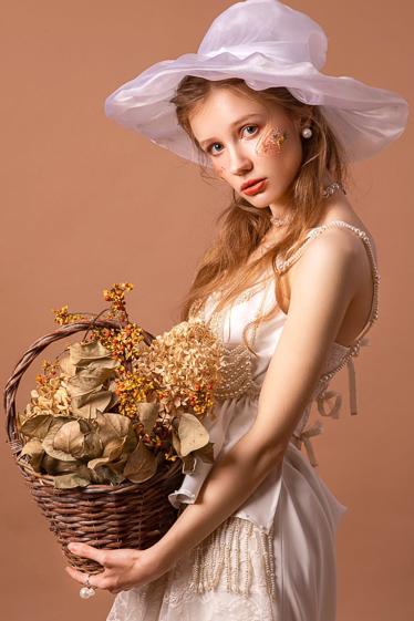 外国人モデル アリーナ・Lの写真9