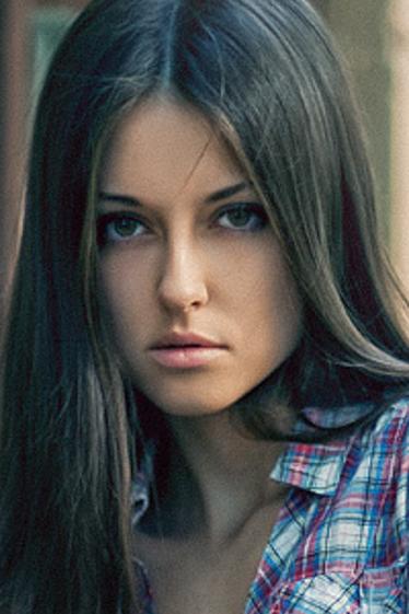 外国人モデル イネス・Bの写真