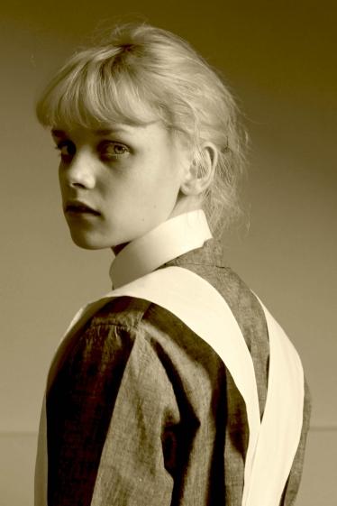 外国人モデル アデレード・Wの写真6