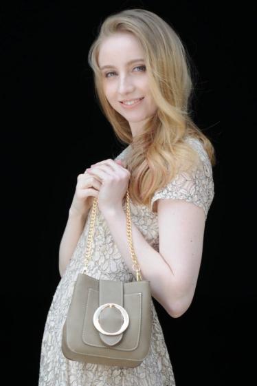 外国人モデル ケイティの写真6