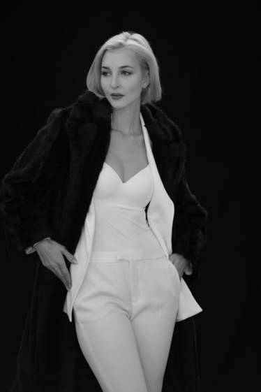 外国人モデル アンジェリカ・Mの写真3
