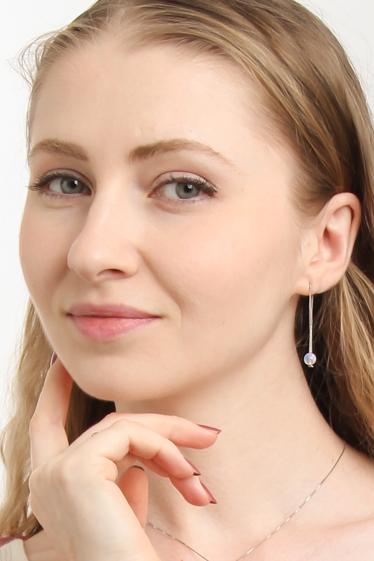 外国人モデル リエルの写真