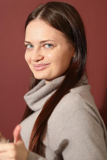 外国人モデル エレナ・KLの写真3
