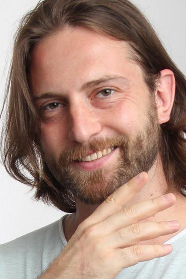 外国人俳優 セルゲイ・Vの写真