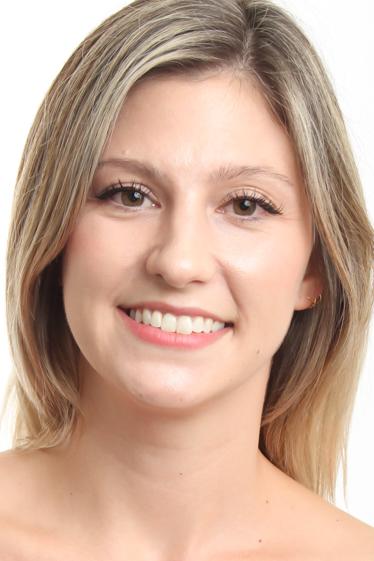外国人モデル ケイリー・Sの写真