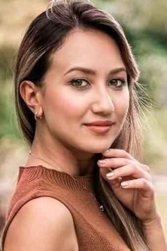 外国人モデル エメリン・Yの写真