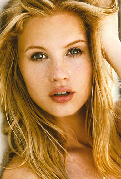 外国人モデル エヴァ・Hの写真