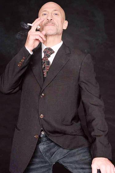 外国人モデル/外国人俳優/外国ダンサー・パフォーマー ラズ・Bの写真2