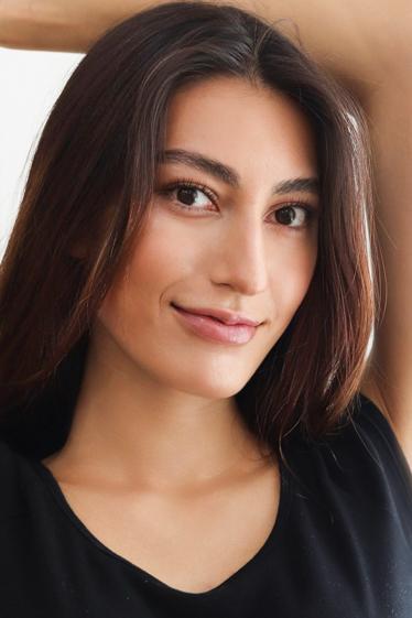 外国人モデル アイラ・Kの写真