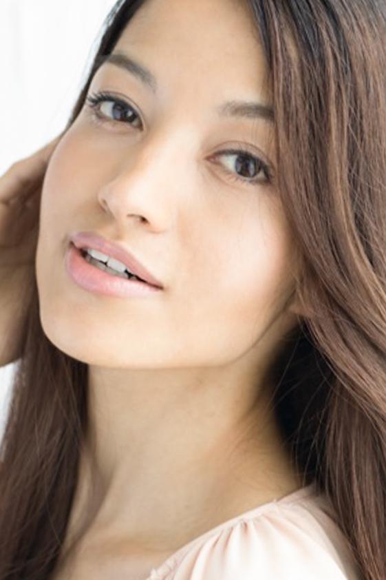 外国人モデル アリーネの写真
