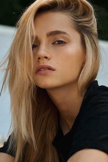 外国人モデル セニアの写真