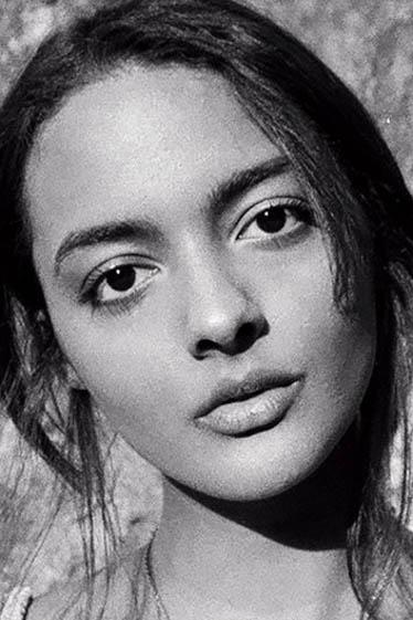 外国人モデル ジャスミーナ・Mの写真