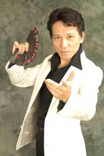 外国人ダンサー・パフォーマー キタミ シンの写真2