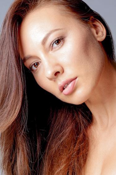 外国人モデル ジュリヤ・Gの写真2