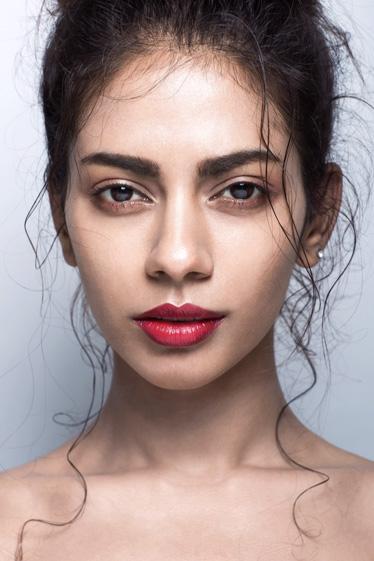 外国人モデル ロザーナの写真