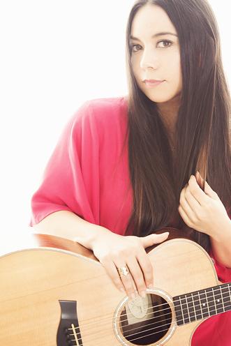 外国人シンガー・ミュージシャン サユリーの写真2