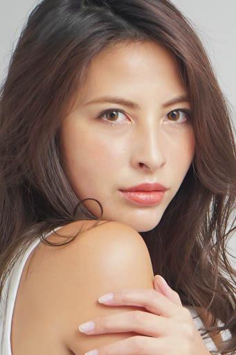 外国人モデル アイリーンの写真