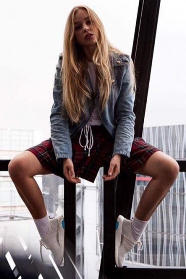 外国人モデル/外国人俳優 アリナの写真2