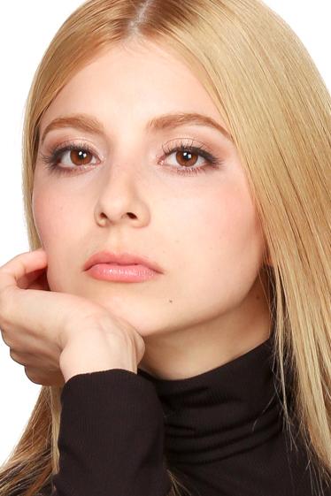 外国人モデル ディアナ・Gの写真