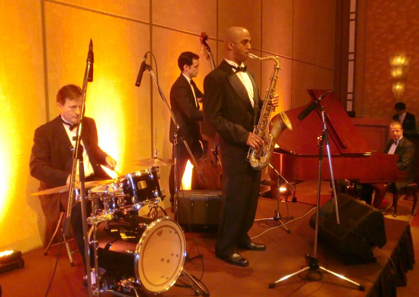 外国人シンガー・ミュージシャン アカデミア Jazz band の写真6