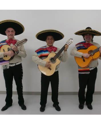 外国人シンガー・ミュージシャン ロス・アミーゴス・マリアッチ メキシコマリアッチの写真2