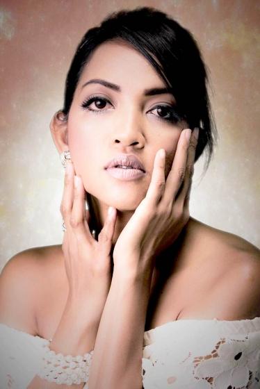 外国人モデル ジョアニーの写真