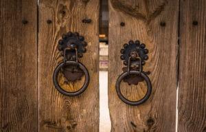 ドア・設立のイメージ