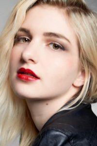 外国人モデル、クレア・Kの画像
